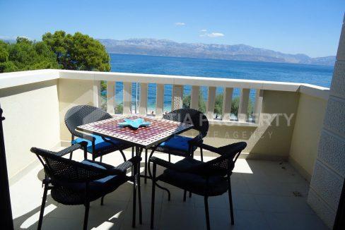 Luxurious seafront apartment for sale Sutivan - 1906 - terrace view (1)