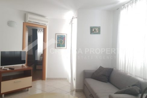 Two-bedroom apartment for sale Bol - 1912 - living room (1)