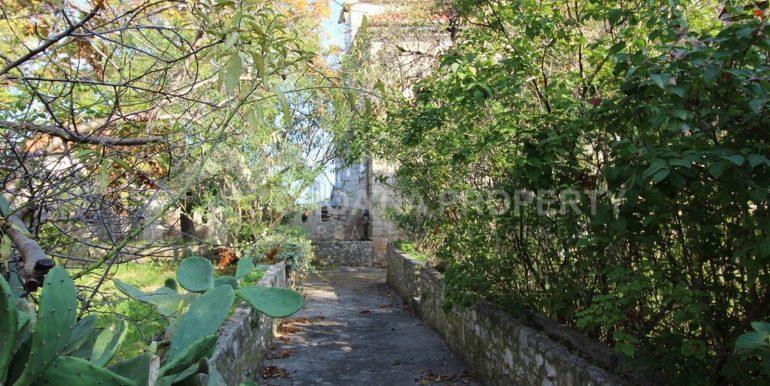 stara kamena kuća Sutivan (10)