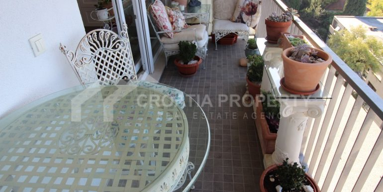 superb Omis apartment (14)