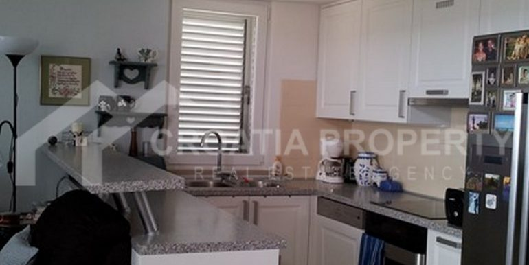 apartment in Supetar for sale (12)