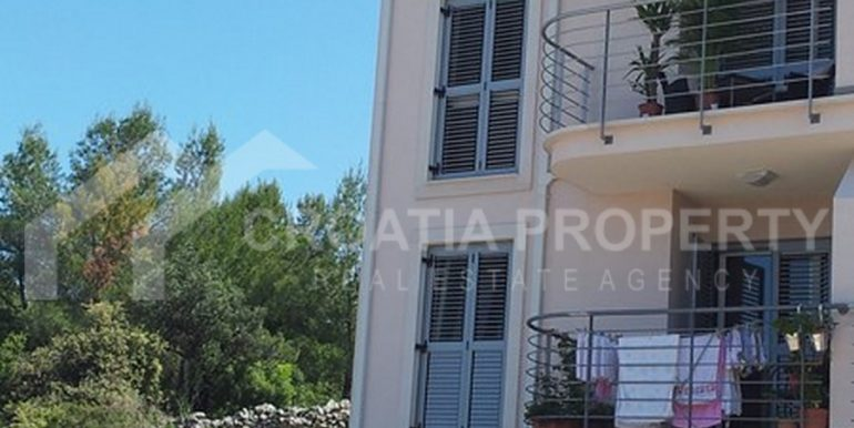 apartment in Supetar for sale (6)