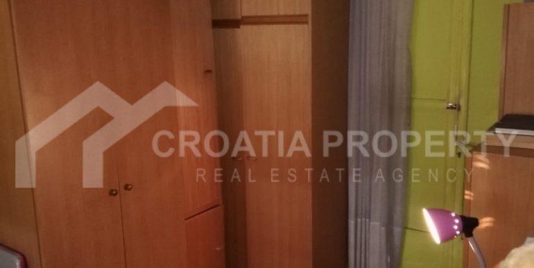 dvosobni stan Split (8)