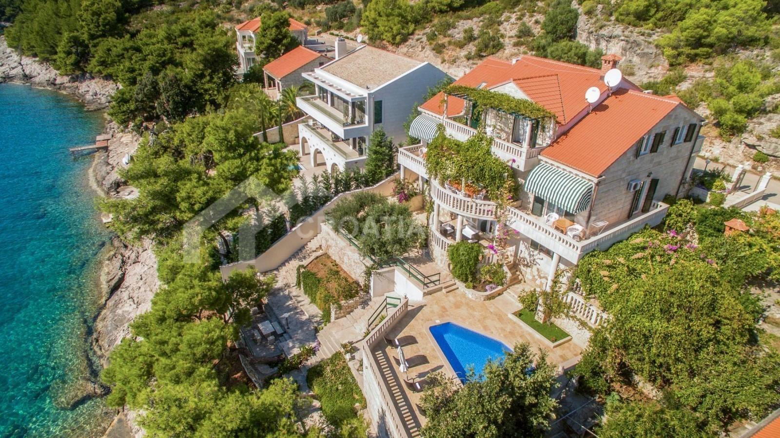 Fantastic seafront villa for sale Brac