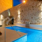 Excellent stone house for sale Bol - 1932 - pool (1)