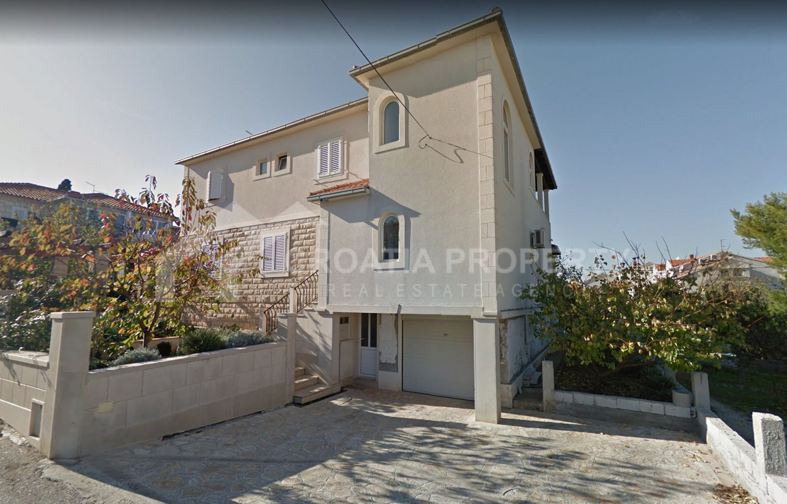 Semi-detached house Supetar for sale