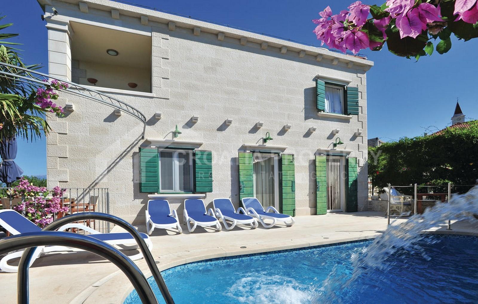 Stone villa for sale Brac