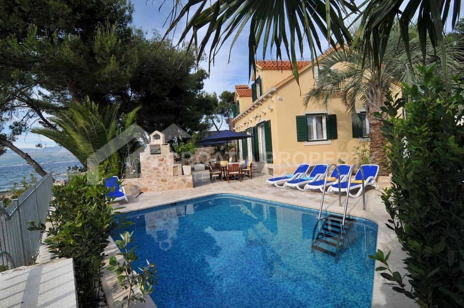 Seafront villa for sale Mirca