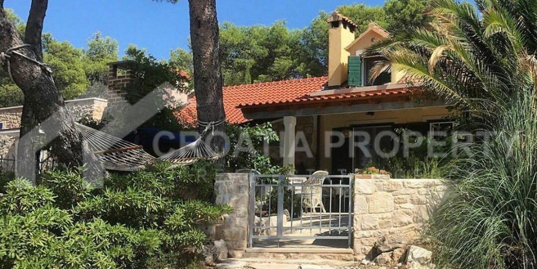 seafront villa Mirca (10)