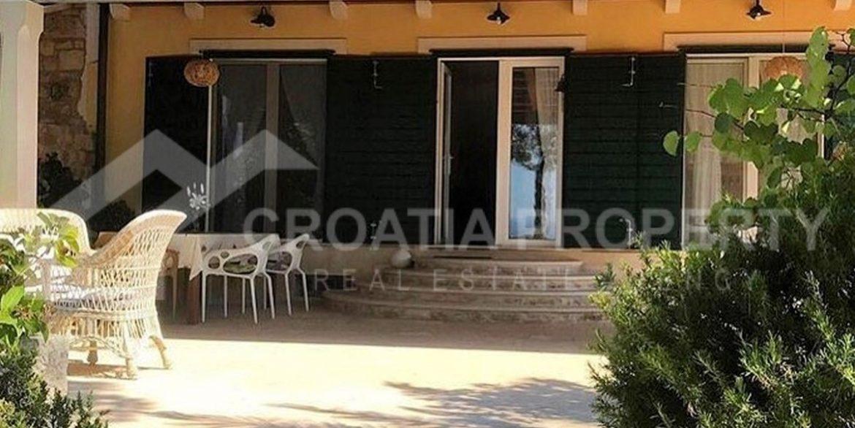 seafront villa Mirca (14)