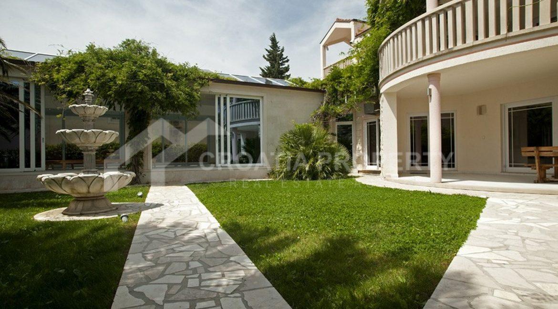 spectacular villa Nemira 1952 - (13)