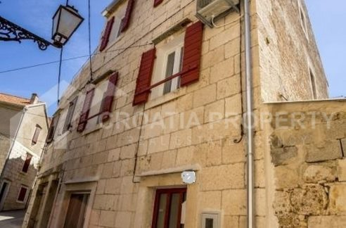 Exclusive stonehouse on Vis - 2016 - view (1)