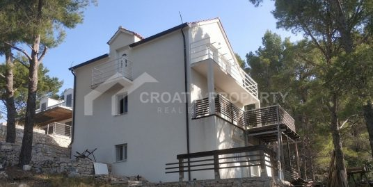 A house for sale Milna