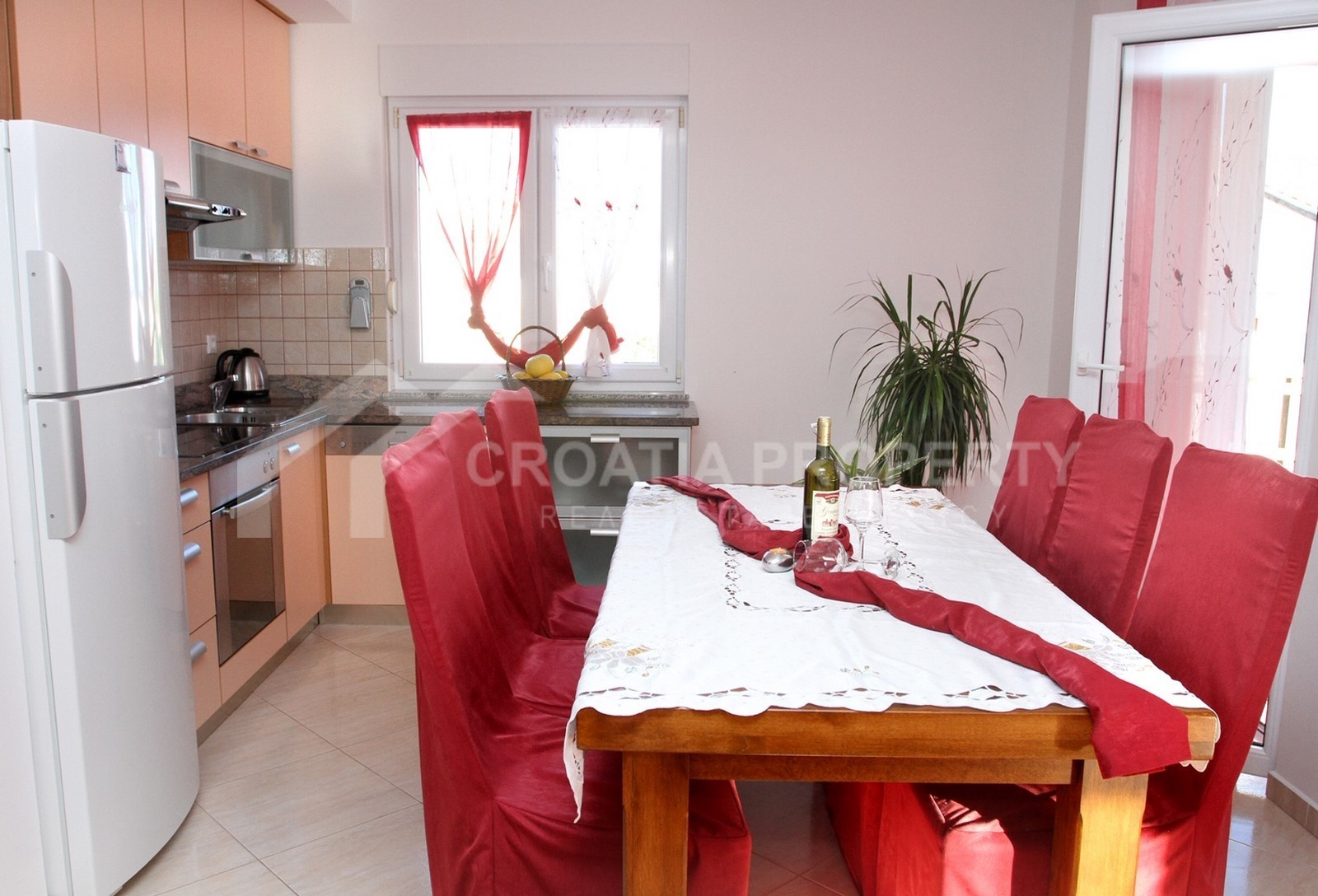 Spacious apartment with view Ciovo