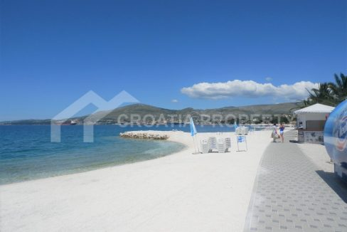 Apartment with sea view Ciovo - 2041 - beach (1)
