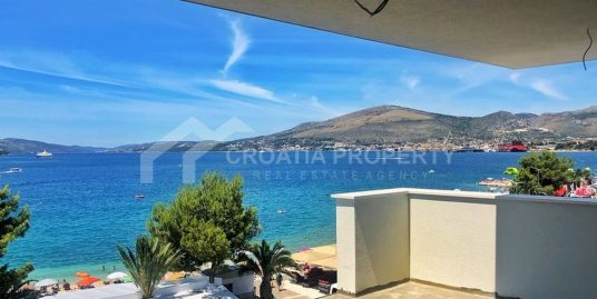 Penthouse apartment with sea view Ciovo
