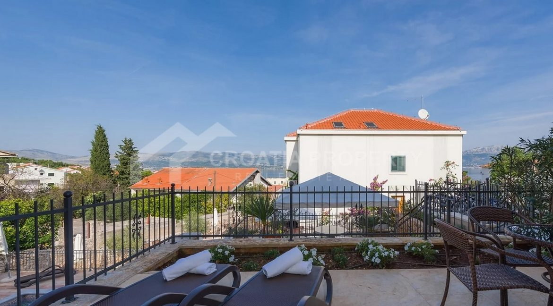 Apartments Ciovo - 2067 - photo (2)
