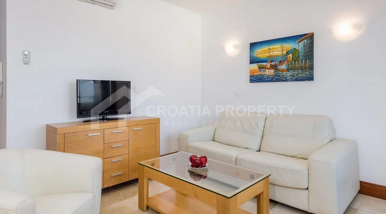 Apartments Ciovo - 2067 - photo (6)