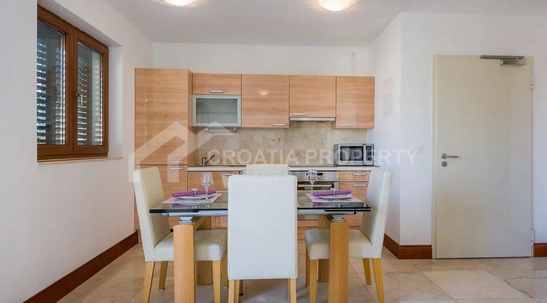 Apartments Ciovo - 2067 - photo (8)