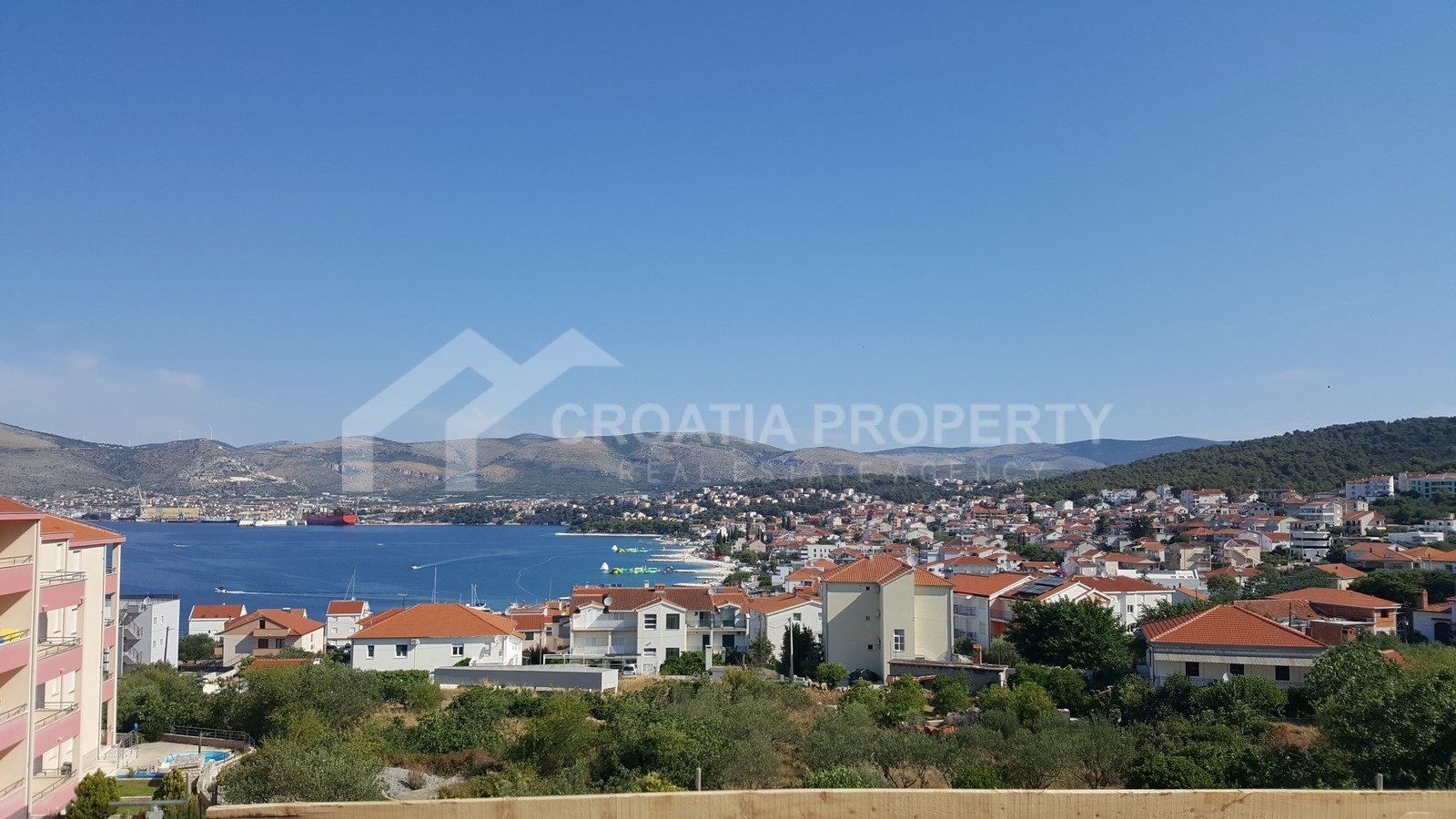Penthouse apartment with seaview Ciovo