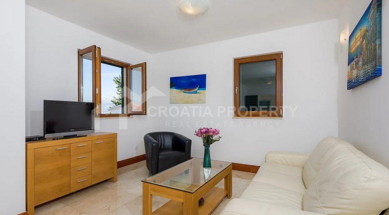 Seaview apartments near beach - 2072 - photo (2)