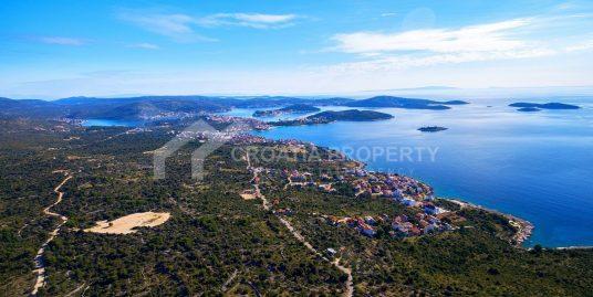 Excellent plot close to sea Rogoznica