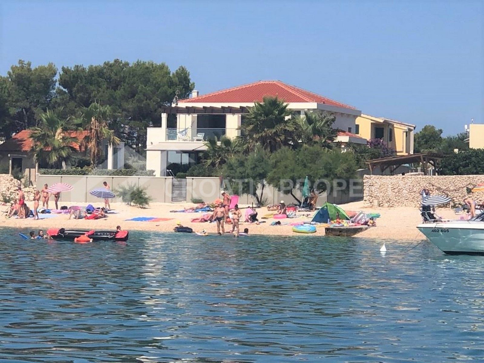 Newly built seafront villa Sevid