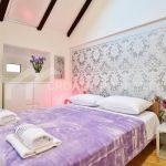 Möbliertes Haus in Split - 2090 - bedroom1 (1)