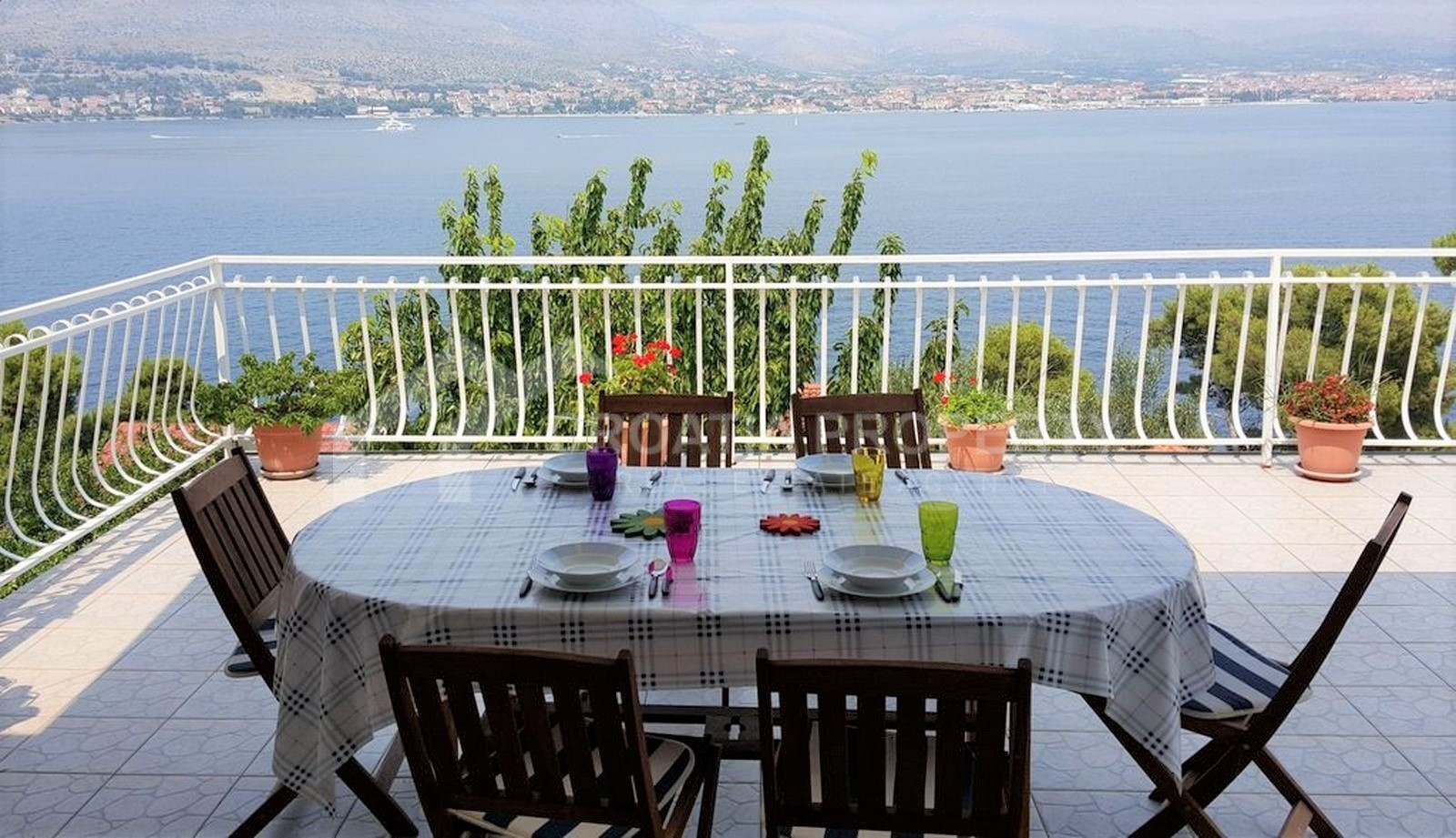 Charming house with view Ciovo