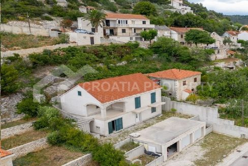 House with two apartments Brač - 2114 - view (1)
