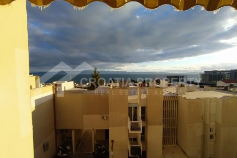 Three-bedroom apartment in Split - 2128 - view (1)