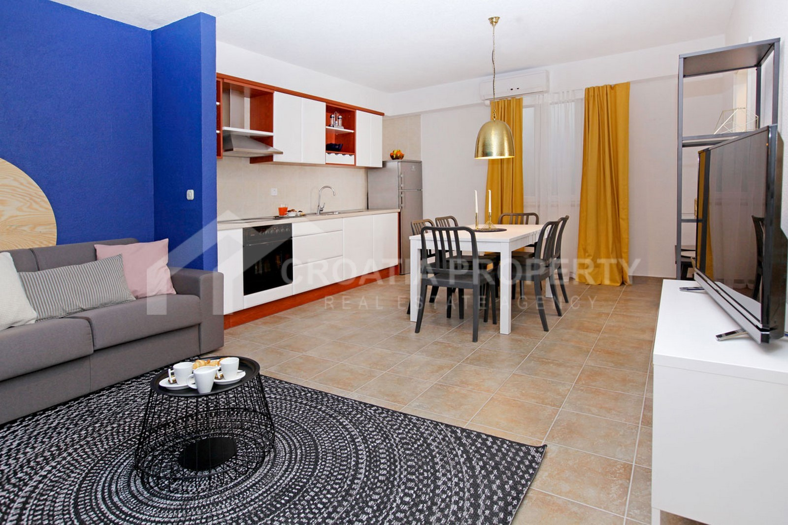 Beautiful apartment in Bol for sale