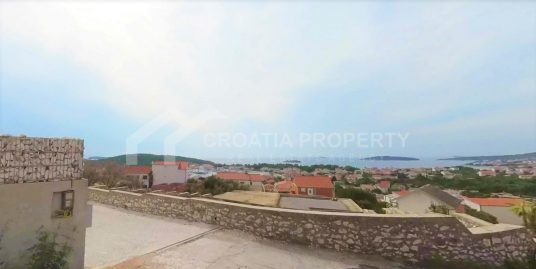 Excellent apartment near sea Rogoznica
