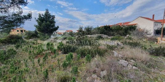 Building plot in Supetar for sale