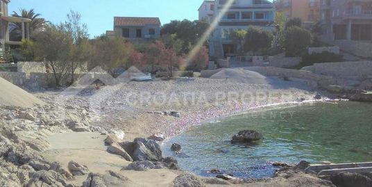 Seafront property close to Rogoznica