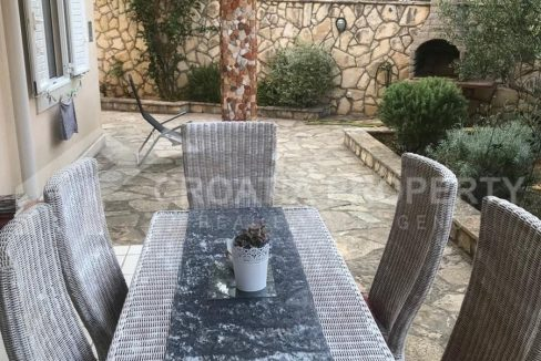 Two bedroom apartment Brac Sutivan - 2199 - terrace (1)