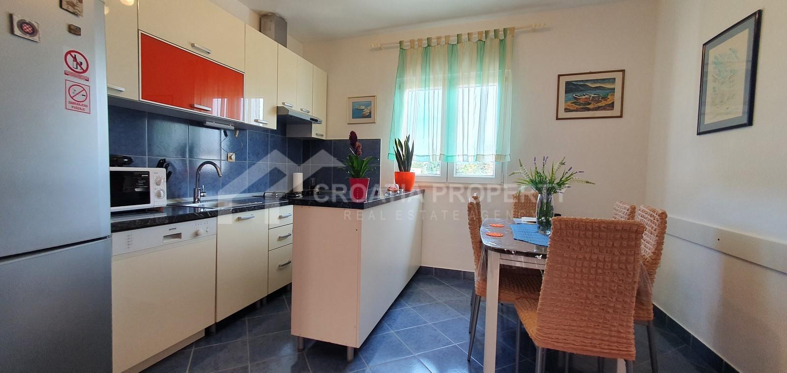Wohnung und Studio-Apartment Supetar verkauf