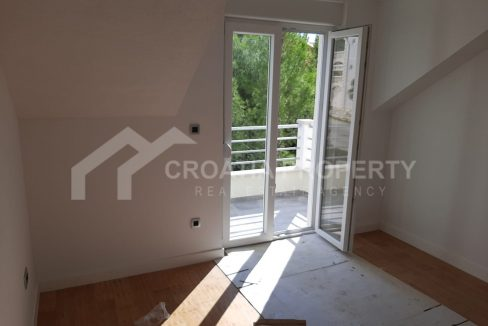 Apartment with gallery Supetar - 2202 - balcony (1)