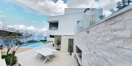 Waterfront villa for sale Brac