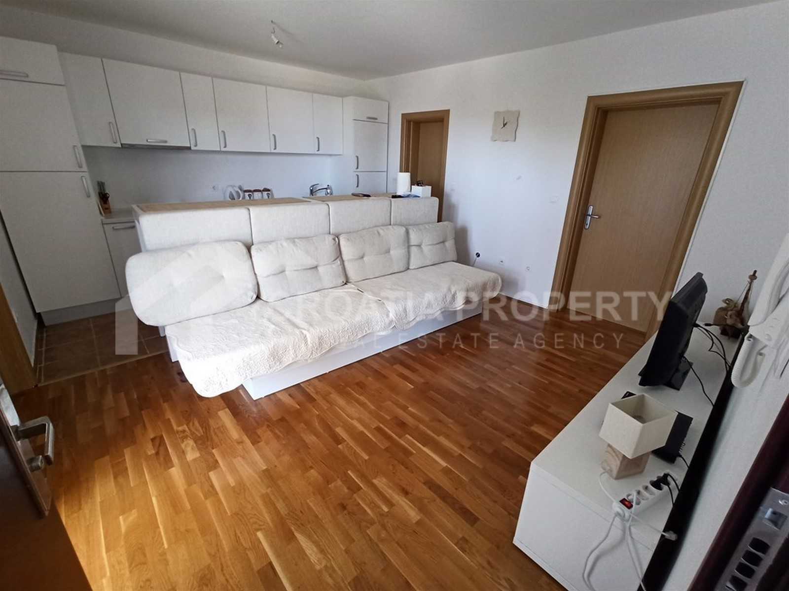 Apartment with sea view in Bol