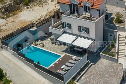 Villa with pool for sale Brač - 2226 - view (1)