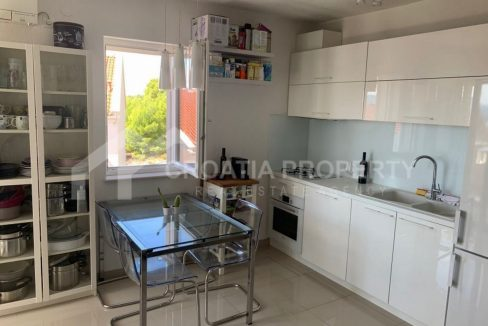 Two bedroom apartment Bol for sale - 2227 - kitchen (1)