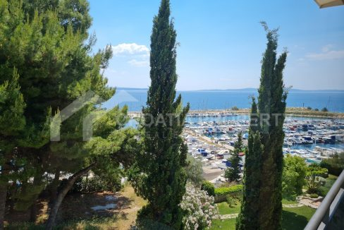 Waterfront apartment in Split for sale - 2219 - view (1)