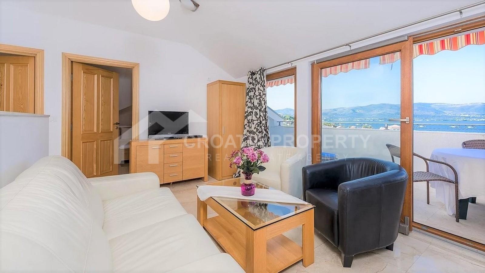 Penthouse on island Čiovo for sale