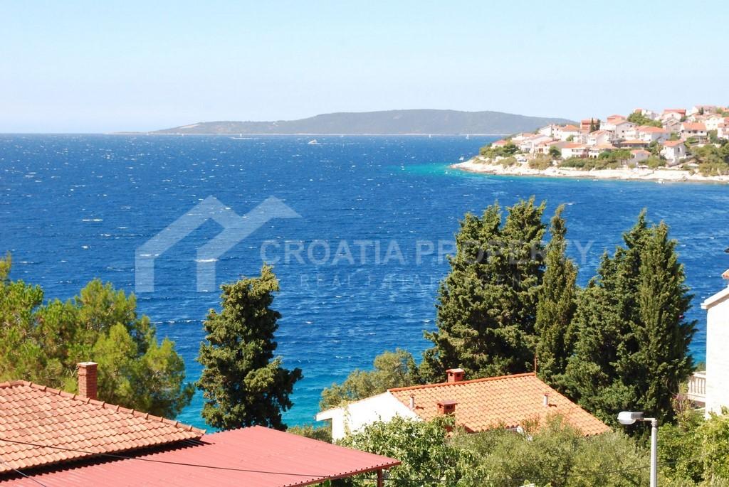 Apartments close sea Ciovo