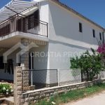 Rogoznica house with 3 apartments - 2271 - house (1)