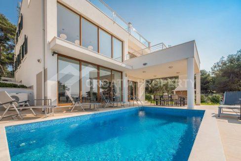 breathtaking villa Rogoznica - 2267 - pool (1)