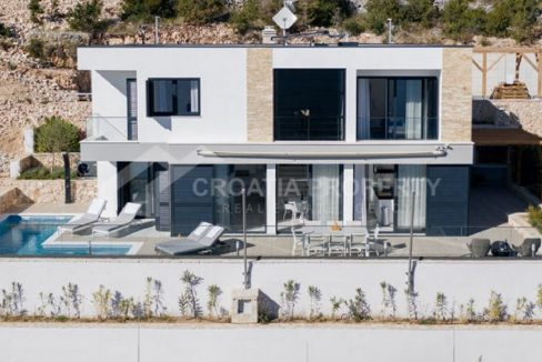 villa second row Vinisce - front (1)
